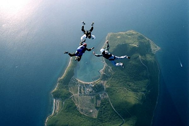 Jump over New Caledonia